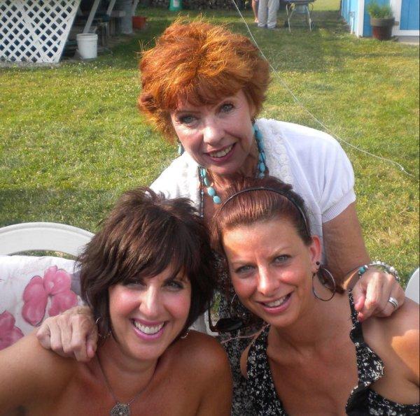 Mom, me and Ang