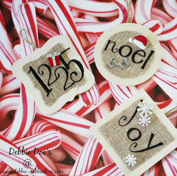 diy hand made burlap Christmas ornaments #debbiedoos