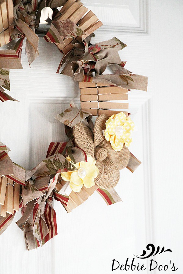 How to make a clothes pin rag Laundry room wreath