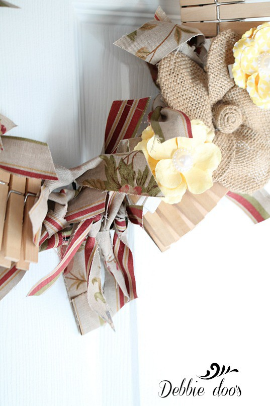 rag and clothes pin wreath