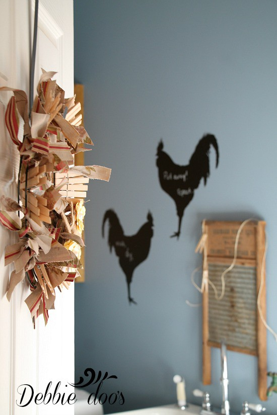 rag wreath for laundry room