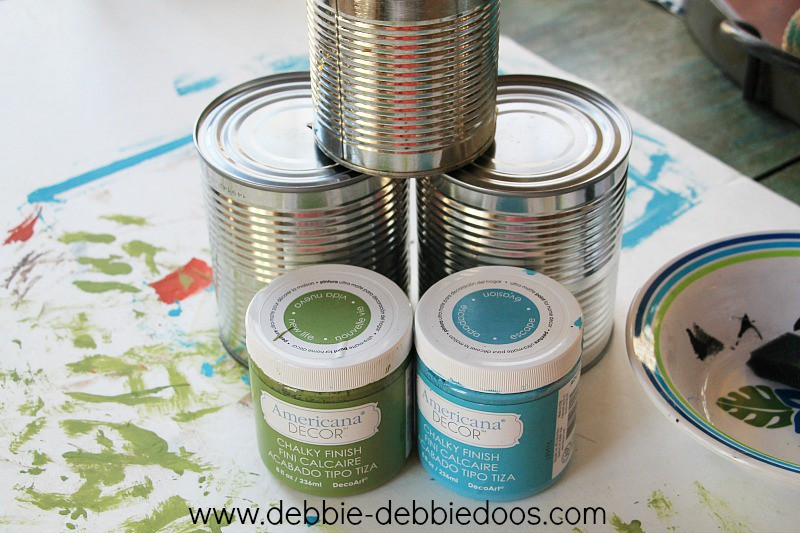 Painting cans with chalky paint