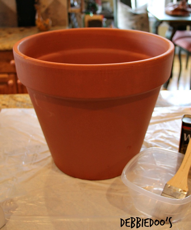 Painting a terra cotta pot with rit dye