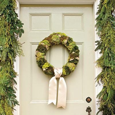 moss-wreath-l