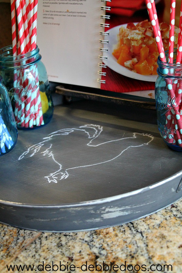 tray makeover with chalkypaint and stencils