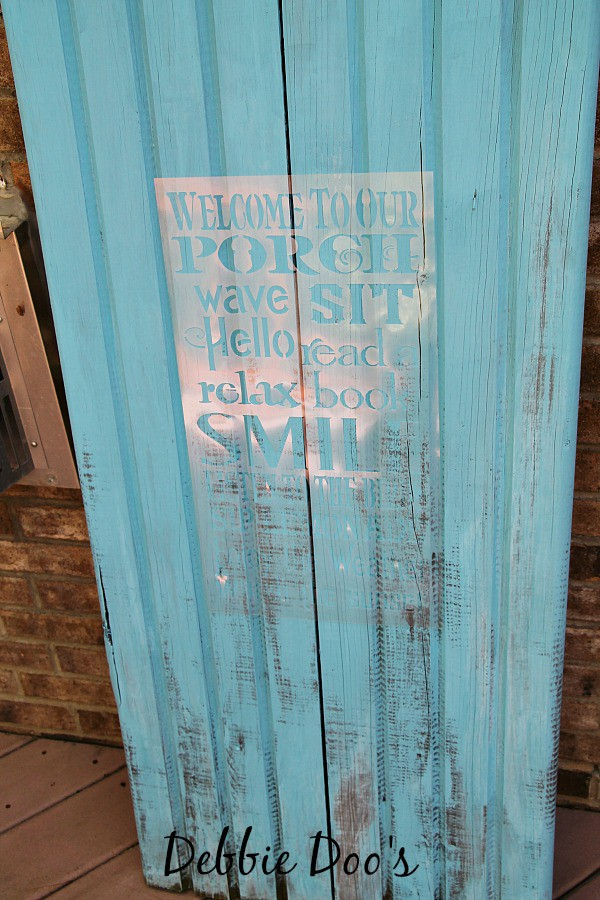 pallet porch sign