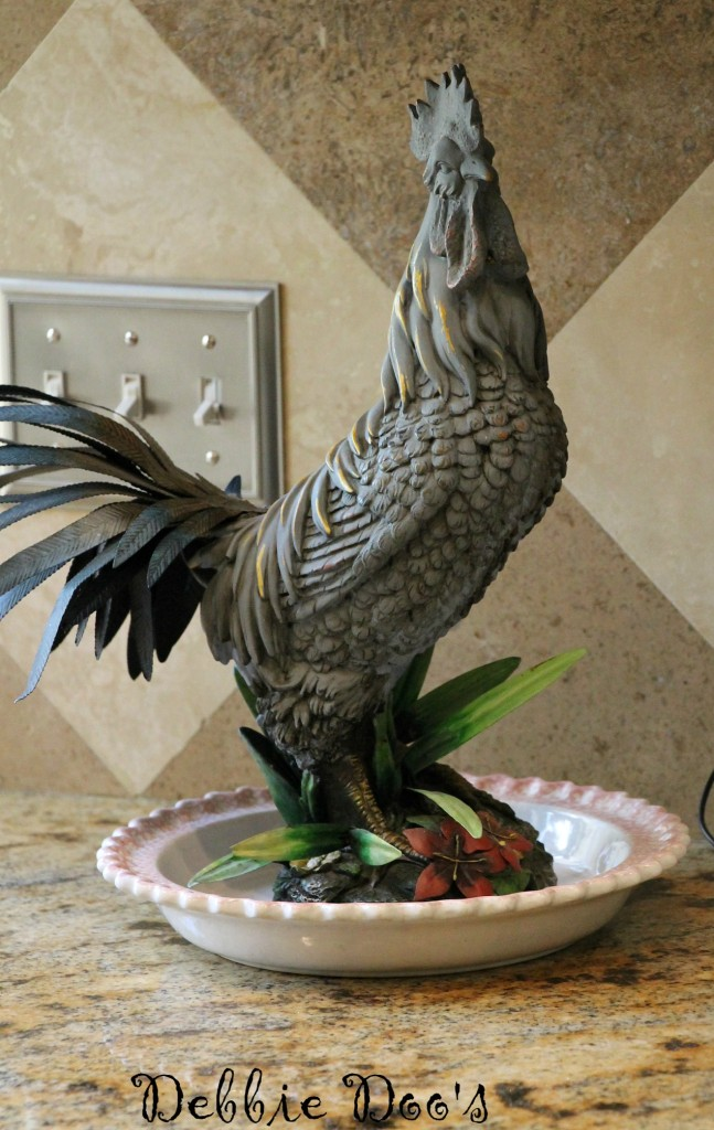 painted rooster with chalky paint