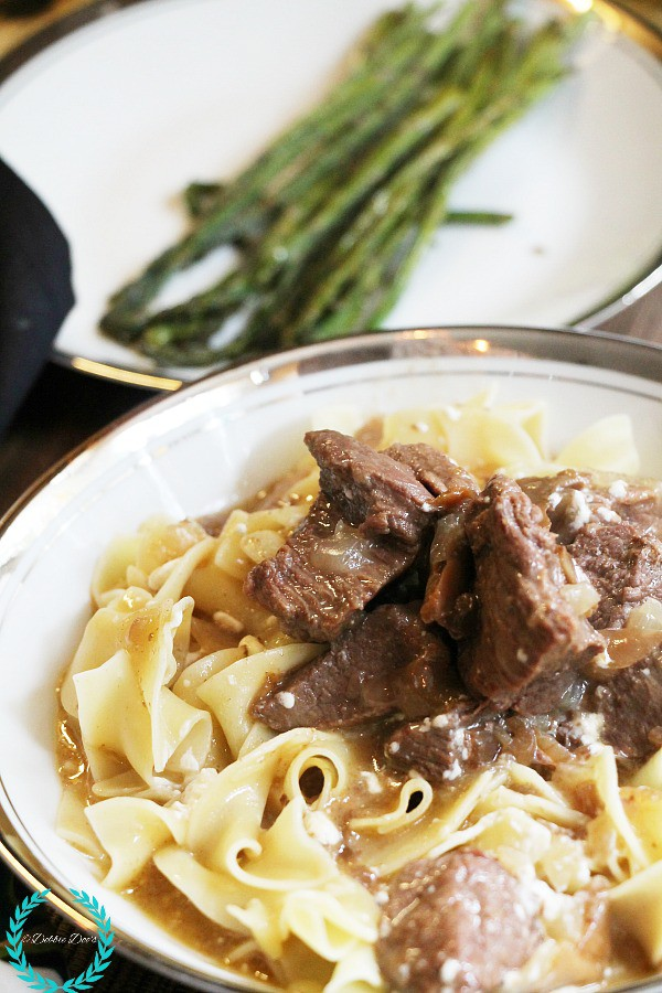 Beef stroganoff recipe in the crockpot