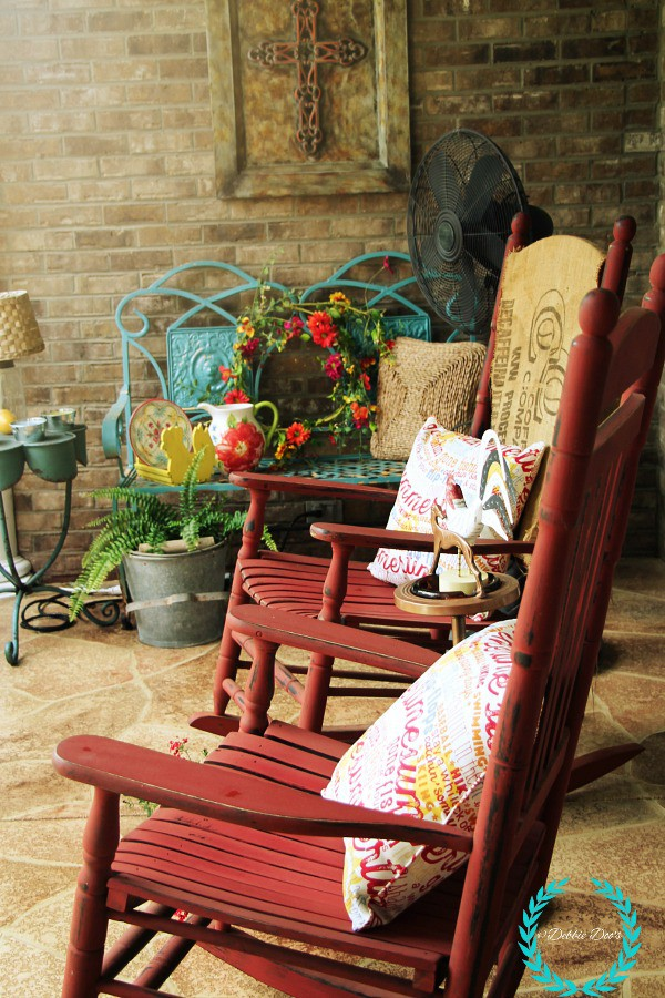 Old world southern style porch decor for summer