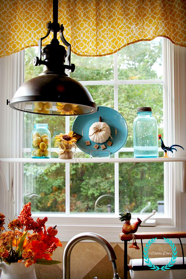 Fall displays in kitchen window