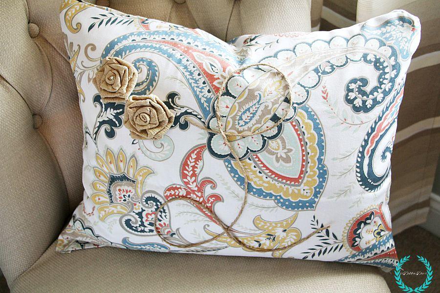 monogrammed no sew pillow idea