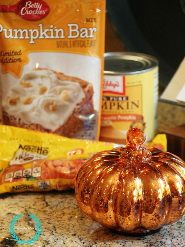 How to make a pumpkin cake with only two ingredients