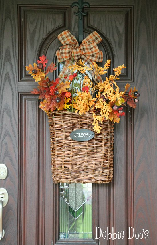 Welcome fall basket on front door