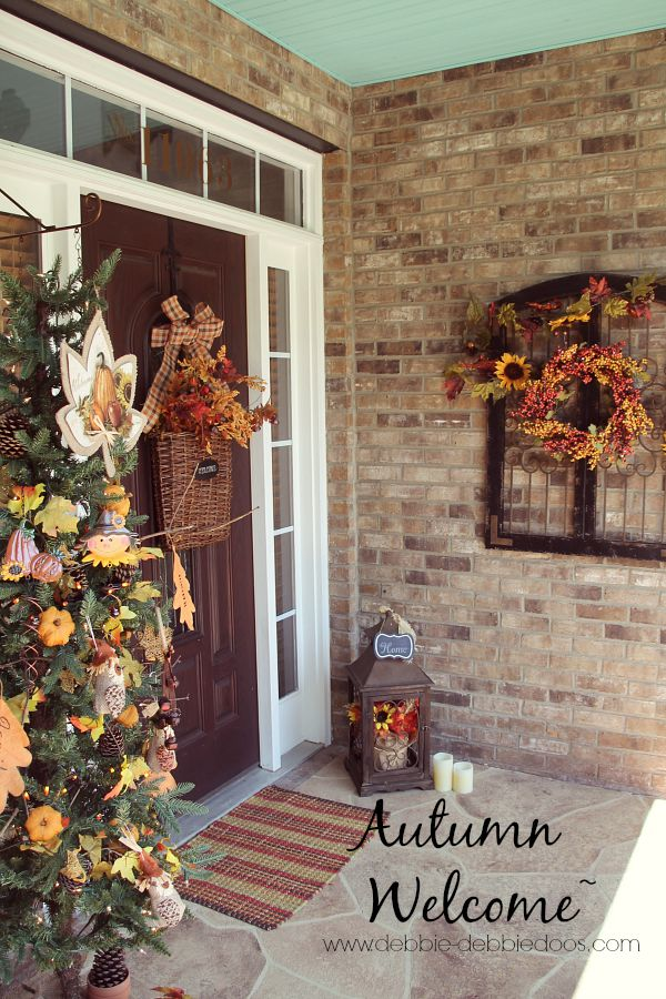 autumn welcome porch decor