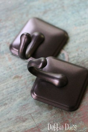 bronze towel hooks used for curtains
