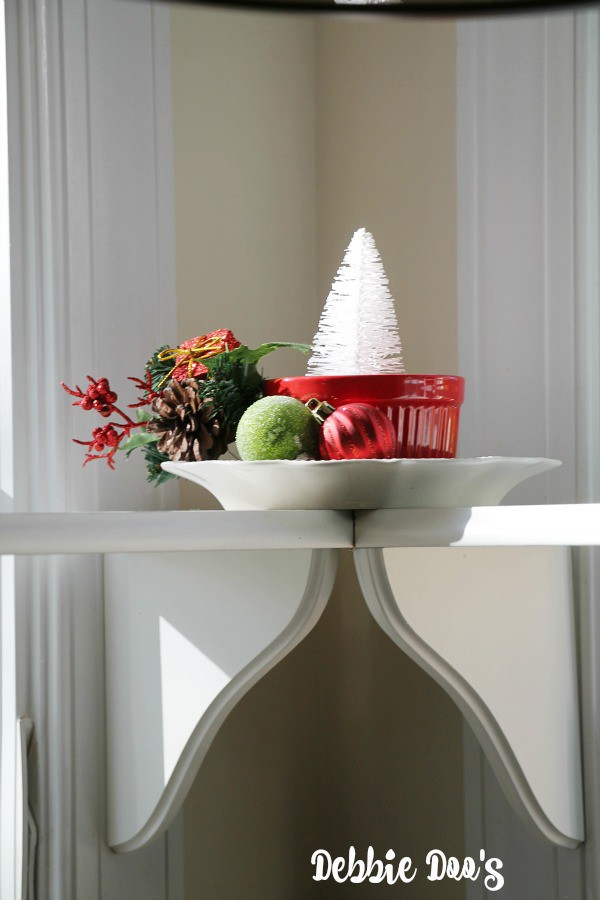 Creating easy Christmas vignettes