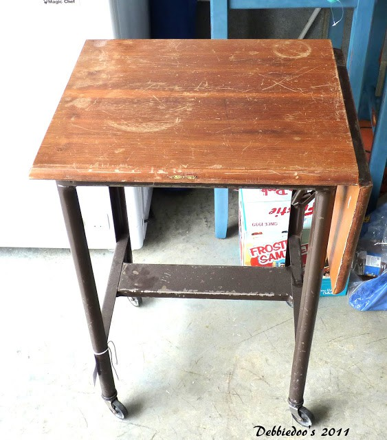 Goodwill typewriter table