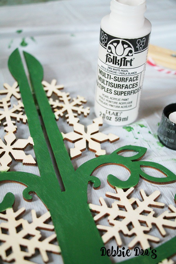 Painted wood christmas tree