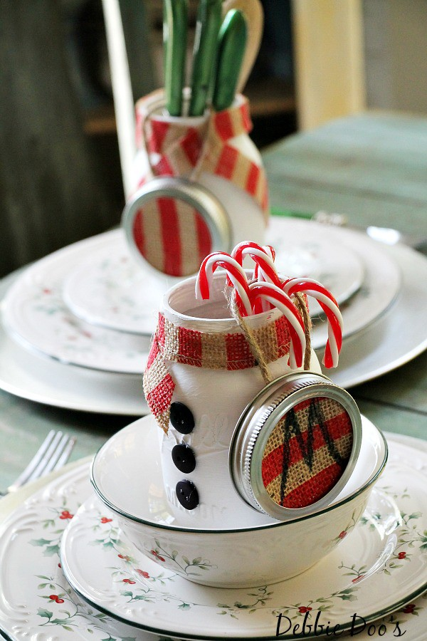 Mason jar Christmas themed gift ideas and a mason jar table setting idea