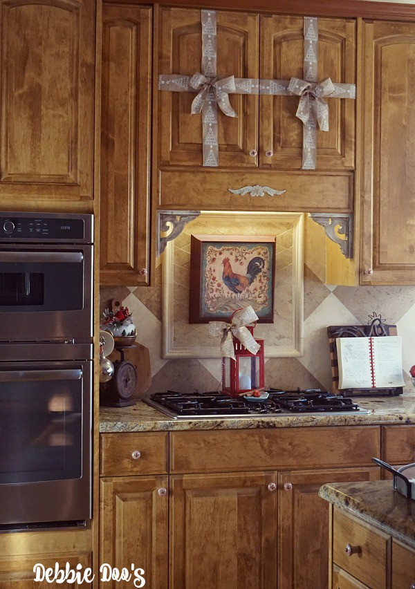 Christmas decorating ideas in a country rustic kitchen