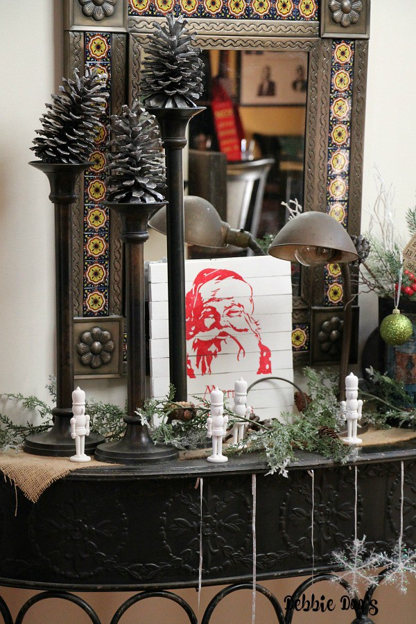 Christmas pallet Santa sign