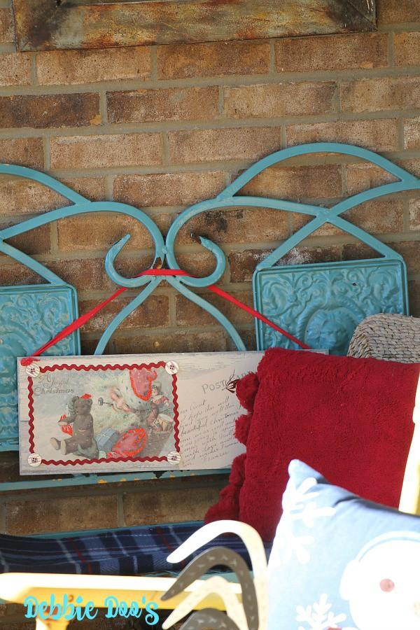 Cozy Christmas porch decorating ideas