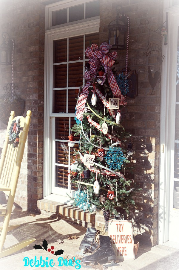 Christmas Decorating Ideas Dollar Tree : Fun and whimsical decorating on the porch for christmas