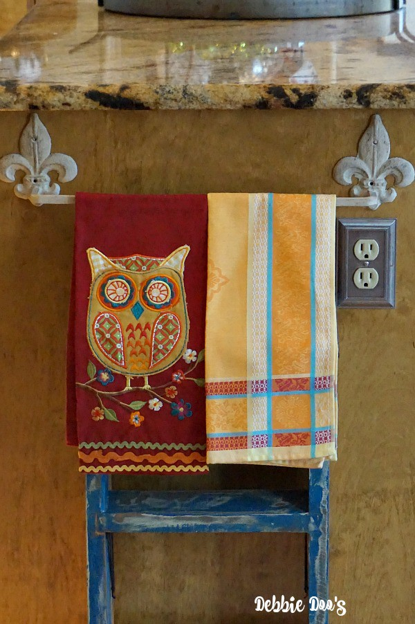 Fun owl kitchen towels