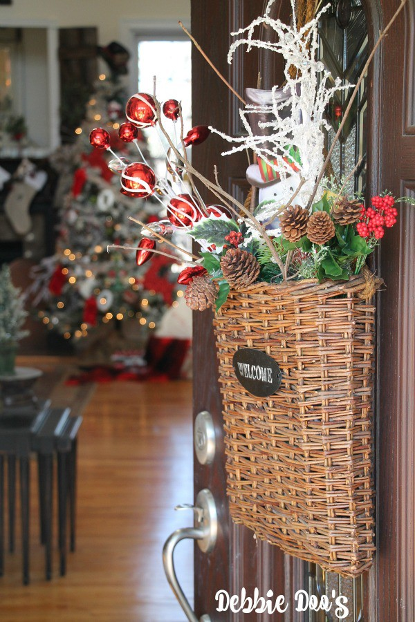 Welcome Christmas home tour at Debbiedoos with Bhome