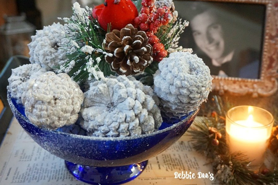 Winter snowy pinecone arrangement