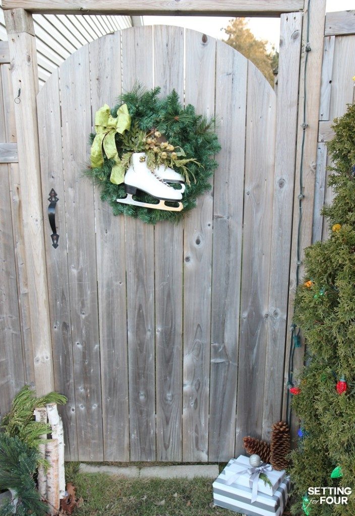 Outdoor Christmas decorating ideas with iceskates