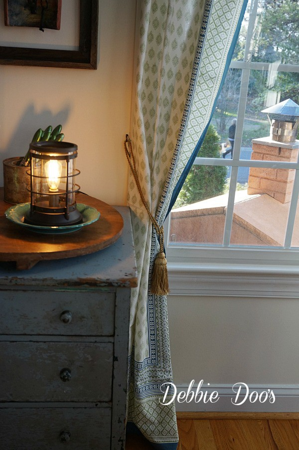 Table cloth curtains with tie back