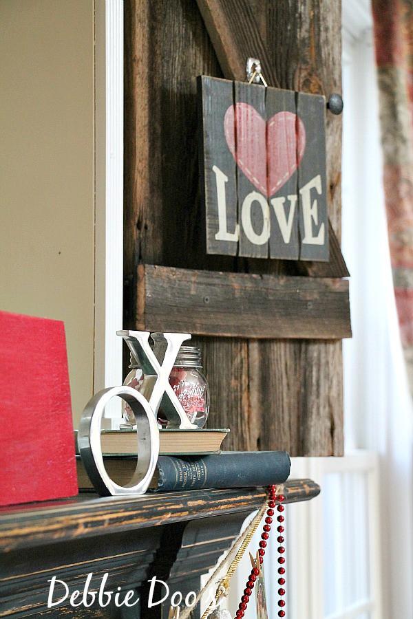 Rustic Valentine decor