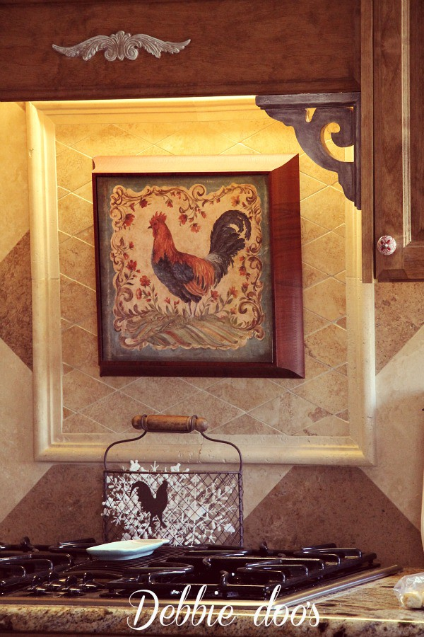 Rustic rooster kitchen decorating