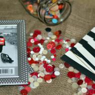 How to make Valentine's day button framed art work