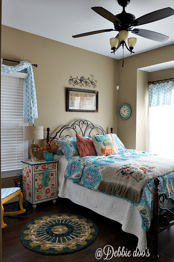 Fun and funky bohemian style bedroom decor