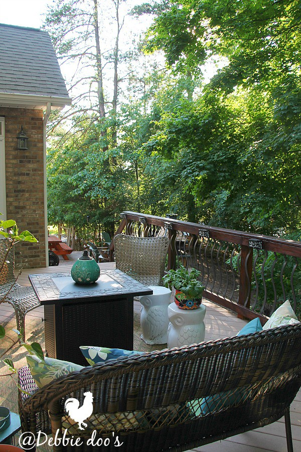 Rustic outdoor patio decorating ideas