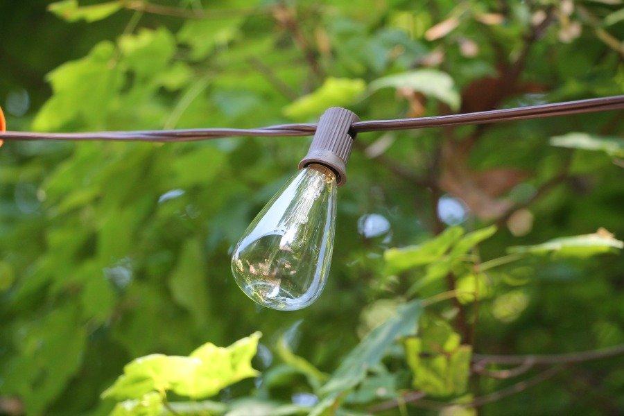 Diy hanging outdoor string lights - Debbiedoos