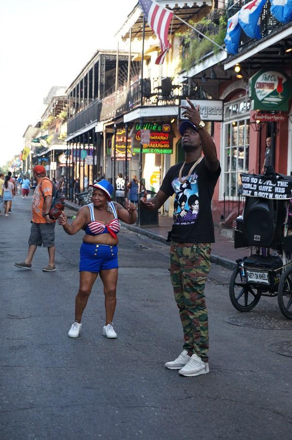 Nola street dancers