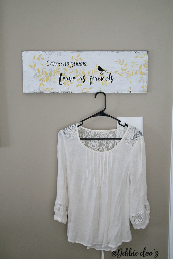 Clothes wall hanger rustic sign