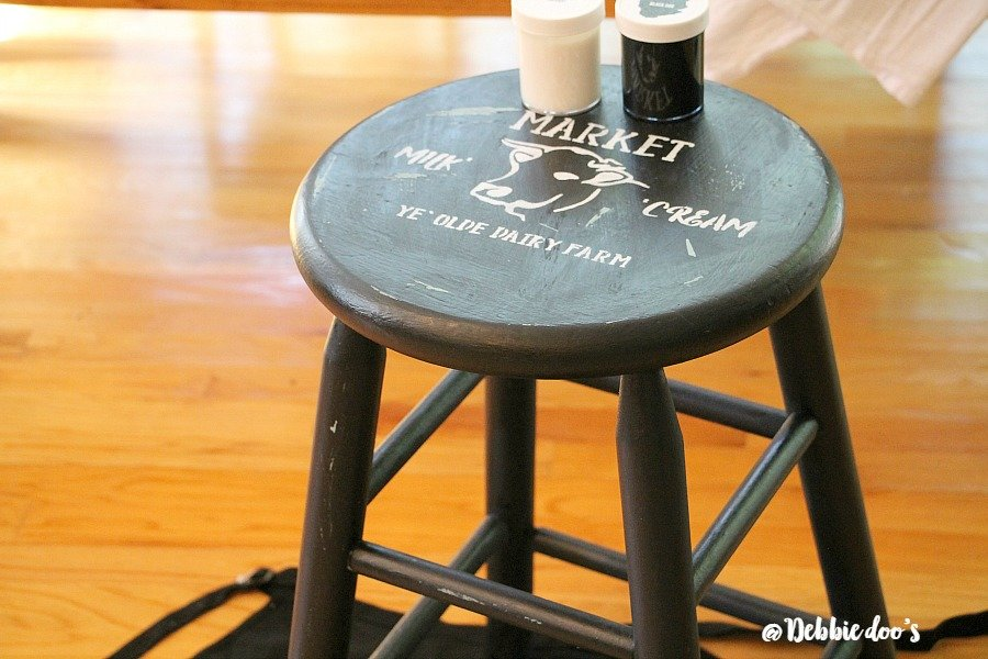 DIY farmhouse stool with Debbiedoo's stencil