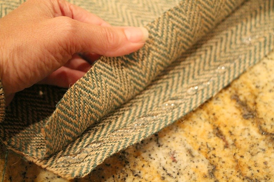 No sew burlap pillow with hot glue