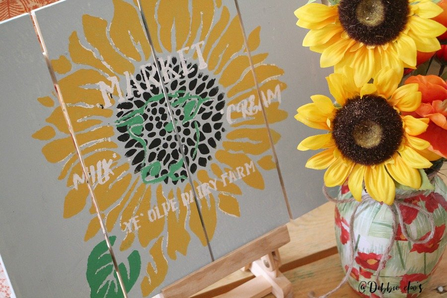 farmhouse-diy-pallet-sign-with-debbiedoos-stencil