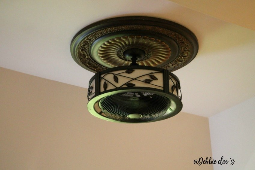 ceiling-fan-with-leaves-and-light