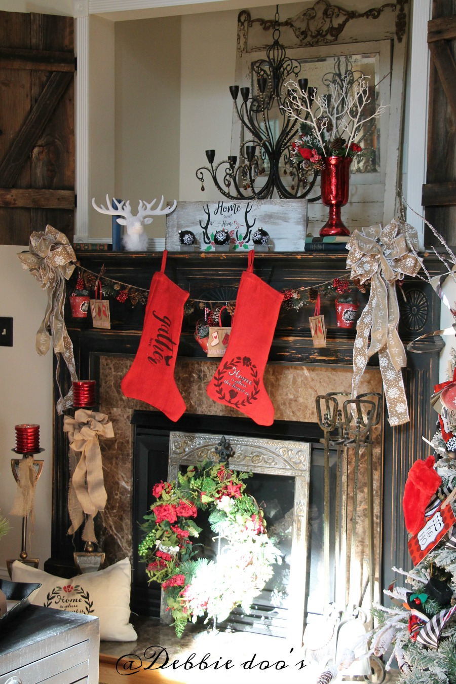christmas-rustic-winter-mantel