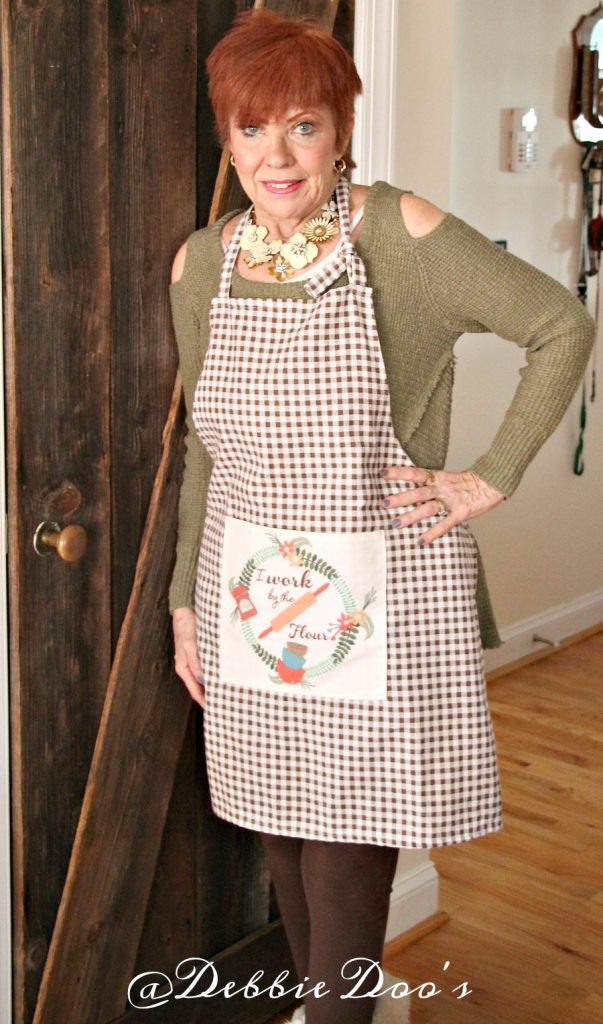 mom-in-apron