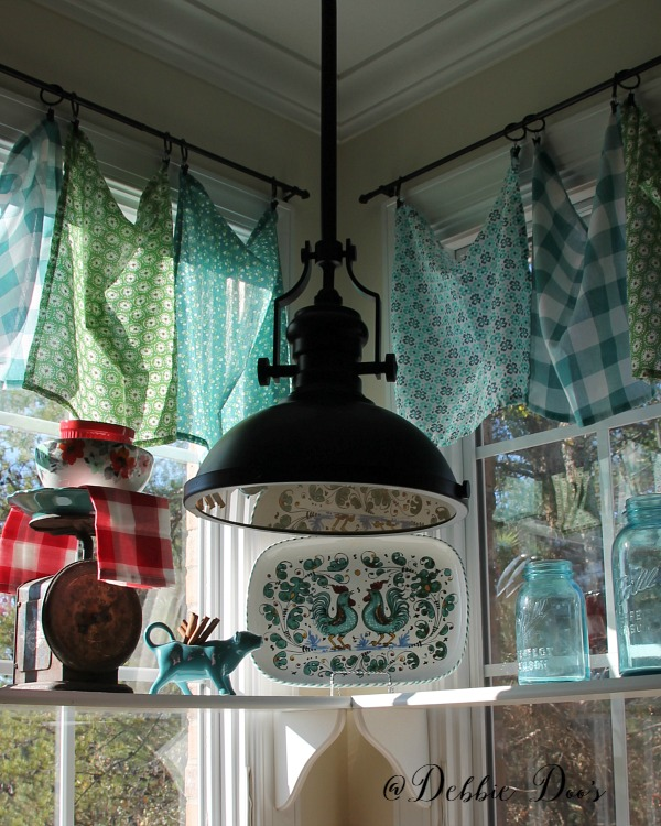 Kitchen Window Furnishings Ideas: The Pioneer Woman's Linens Gone Wild