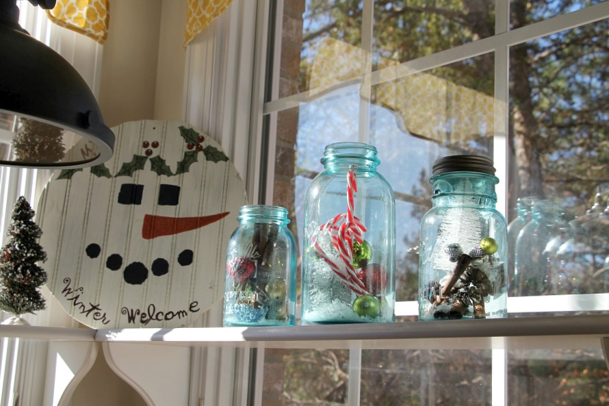 kitchen-window-decorating-ideas