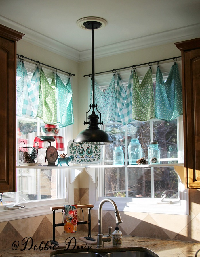 Napkin window valances in a country kitchen