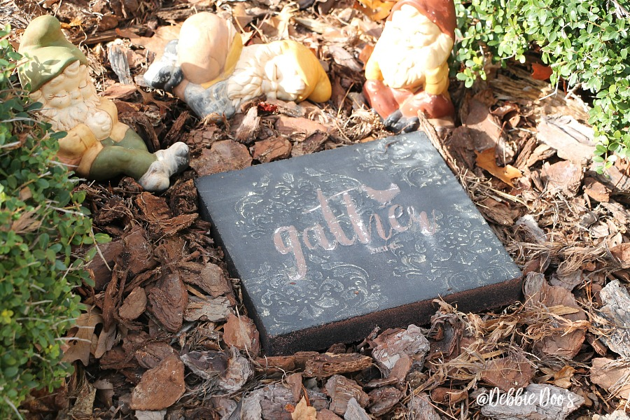 dress up your garden with stepping stones and make your own one of a kind